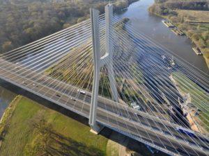 Inspección aérea de infraestructuras, carreteras y puentes en Cantabria